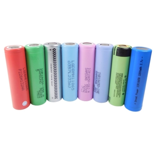 Replacement Batteries (2 pcs ) *Refurbished/B-Ware* (also for FocusVape,  Storm, X-Max V2 Pro, Arizer Air etc ) (selected at random)